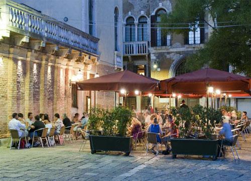 Restaurant-Venice Corte- Italia