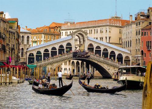 dostoprimechatel'nosti venetsii Most Rialto Italia
