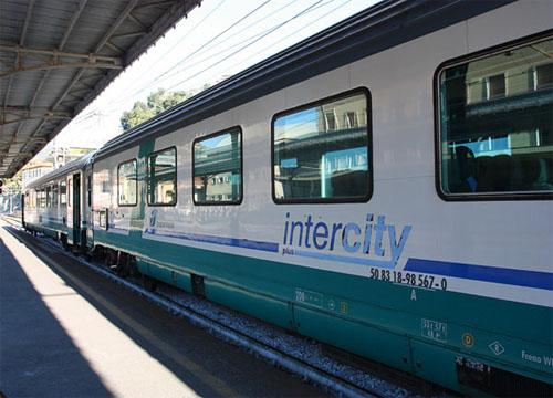 Intercity – поезд италия