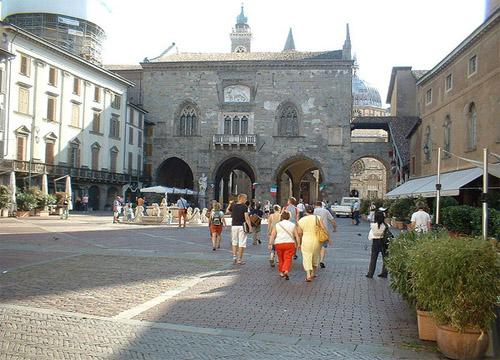 Бергамо площадь
